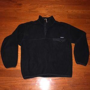 Patagonia men's black synchilla fleece Large